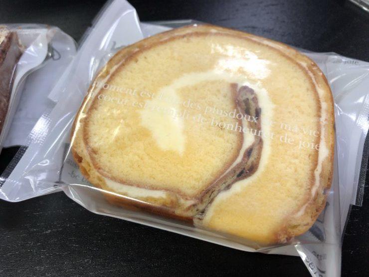 アミューズのロールケーキ