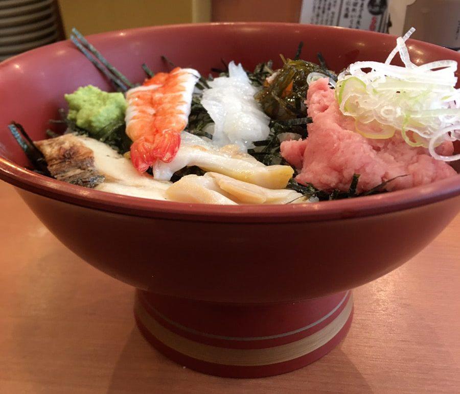大江戸寿司_海鮮丼_大きさ02